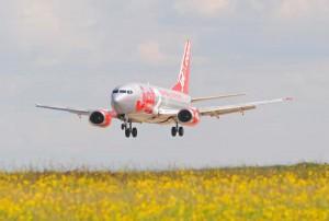 Самолет авиакомпании jet2.com