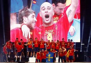 Испания празднует победу в Евро 2012