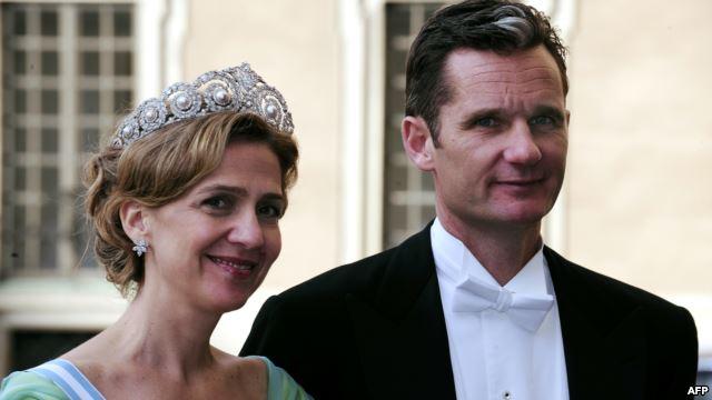 Иньяки Урдангарин, муж принцессы Кристины, дочери короля Испании (на фото они оба), стал символом коррупционных скандалов